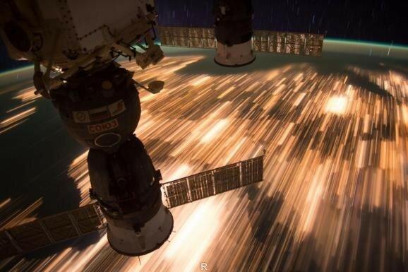 Космонавты сделали завораживающие фото ночной Земли